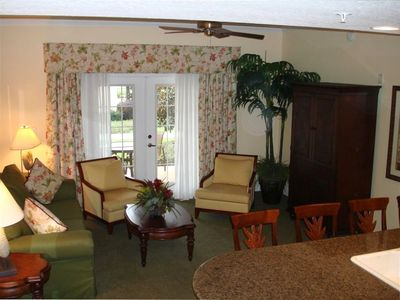Reunion condo rental - Living Room with32' Flat Screen TV and DVD Player
