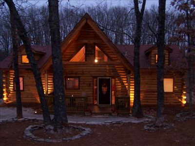 Branson log cabin private hot tub fireplace near for 7 bedroom cabins in branson mo