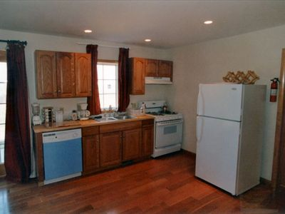 Fully equipped kitchen in Seneca Cottage at Cobtree