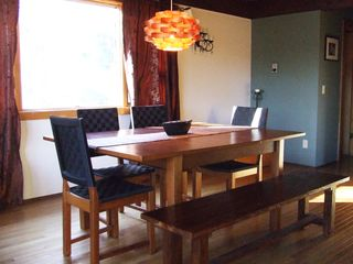 Ithaca lodge photo - Dining area seats 8
