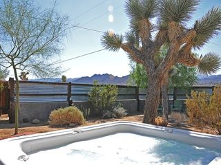 Joshua Tree house photo - Hot Tub with view