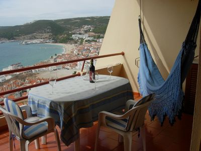 Balcony where you can have your meals in front of Sea