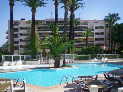 Popular apartment for 4 people, with swimming pool, close to the beach in Golfe Juan