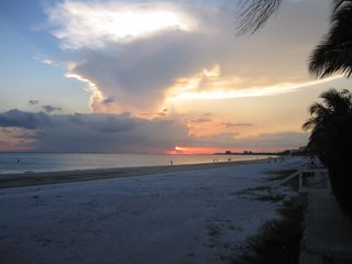 Fort Myers Beach house photo - Sunsets that Last for Hours!