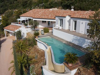 RECENT VILLA FOR GOLF, SEA AND ISLANDS, INFINITY POOL TEMPERATE