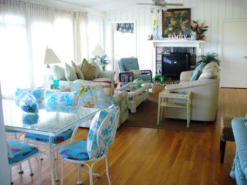 2nd floor livng area ocean front