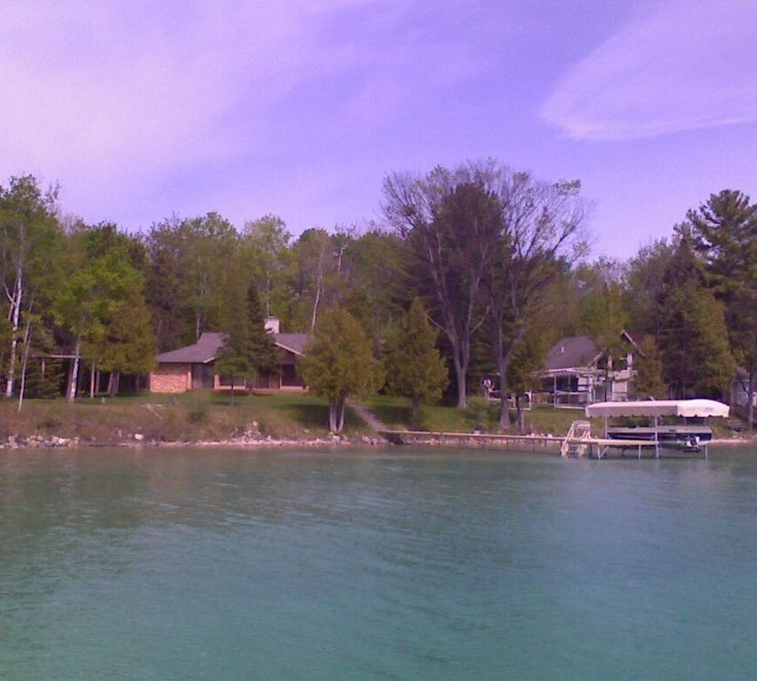 Torch Lake 4 Bedroom Home 4 Br Vacation House For Rent In Bellaire Michigan