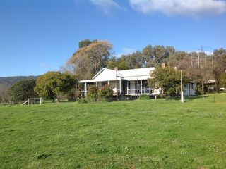 74 orton rd homestead in murmungee homeaway murmungee for Is there any homestead land left in america
