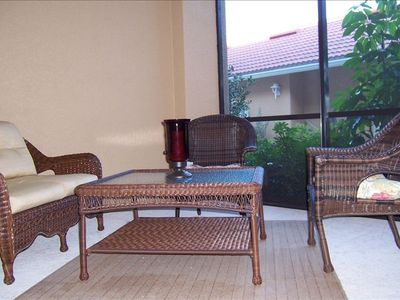 Front Lanai Seating area