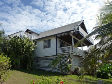 Sea Breeze Villa: side view