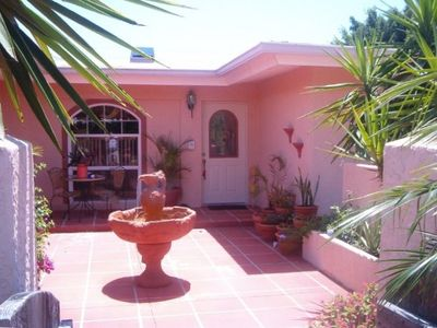 Charming canal front home - Siesta Village