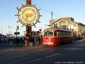 Walk, bike or bus to Fisherman's Wharf