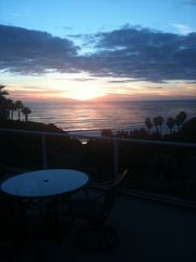 San Clemente bungalow photo - Patio table relaxing sunset