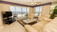 Immaculate - Gulf View - West End Unit - Private Gated Courtyard
