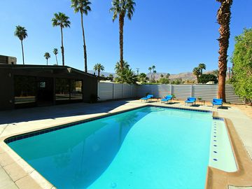 Palm Desert house rental - mid century modern with a huge pool!