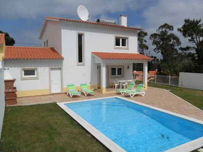 Peaceful villa with private pool and internet in village near Sao Martinho
