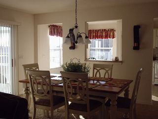 Dining room Seating 6