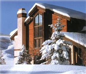 Ski in-out end unit with great views of Vail Valley and surrounding mountains