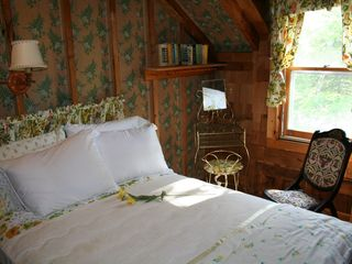 Woodstock lodge photo - Sundrop bedroom