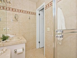 Fort Lauderdale house photo - Master bath. Smaller but simple and all you need.