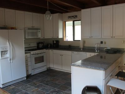 Lake Ariel house rental - Spacious kitchen