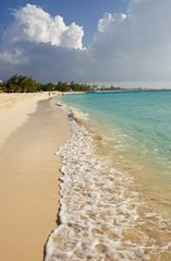 Grand Cayman condo photo - Plantana Beach