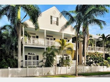 Key West house rental - Casa Grande: A grand home in the most exclusive gated community in KW.