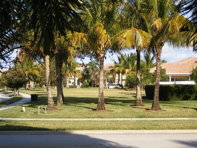 Beautiful Estate Home Near Beach And Golf In Northern Palm Beach County