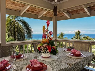 Upper Level Lanai Outdoor Dining with Ocean Views