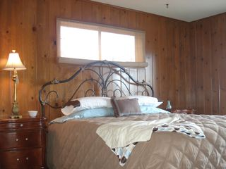 Lake Arrowhead house photo - Main floor Master Bedroom w/King & sliding doors to lake view balcony