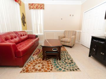 "Main floor den with 46"" HDTV. Prefect hideaway with queen pull out sleeper."