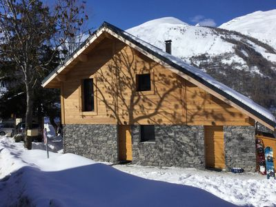 Brand new chalet, very comfortable and quiet. Ideal for 2 or 3 families.