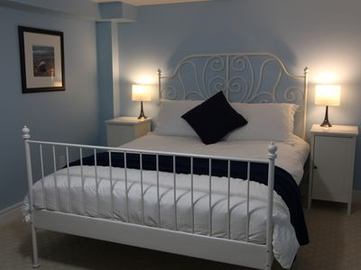 basement bedroom with queen bed-summer