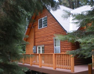 Yosemite Cabins on Yosemite Area Cabin In Ca  Luxury Yosemite Log Cabin   2 Miles To