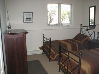 Big Boulder house photo - Lower level bedroom with twin beds