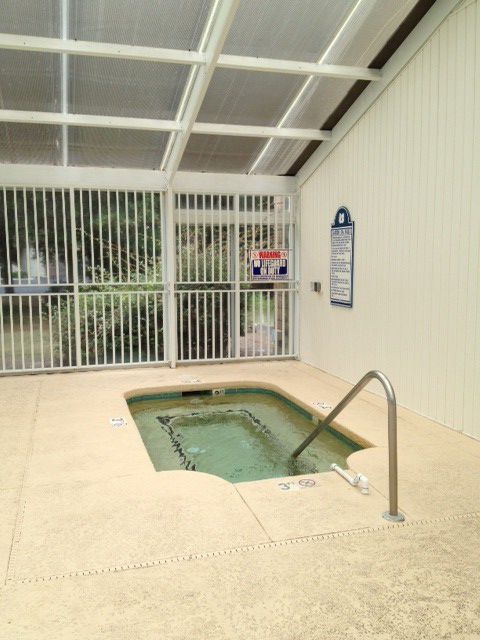 Village Activity Center Hot tub