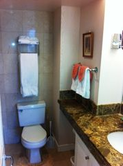 Waikiki condo photo - Beautiful marble bathroom
