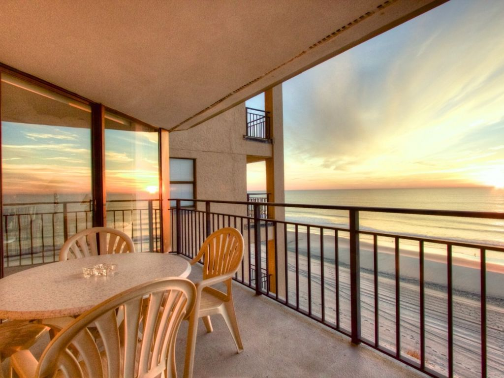 Big surfmaster oceanfront 2br roomy balcony vrbo Oceanfront hotels in garden city sc