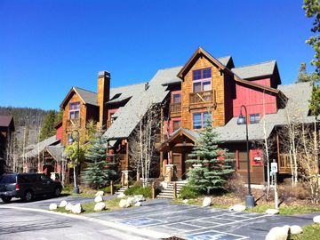 Keystone condo rental - Beautiful Townhome Building