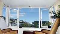 Penthouse with stunning views of the river Dart, sunny aspect garden, sleeps 4