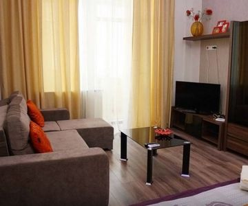 1 bedroom lux apartment in city center - Basseina Street