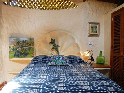 Casa Selvatica Blue Bedroom (Queen Bed)