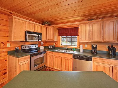 Pigeon Forge cabin rental - Well Equiped Kitchen
