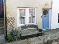 WAYCOT COTTAGE, pet friendly in Staithes, Ref 5594