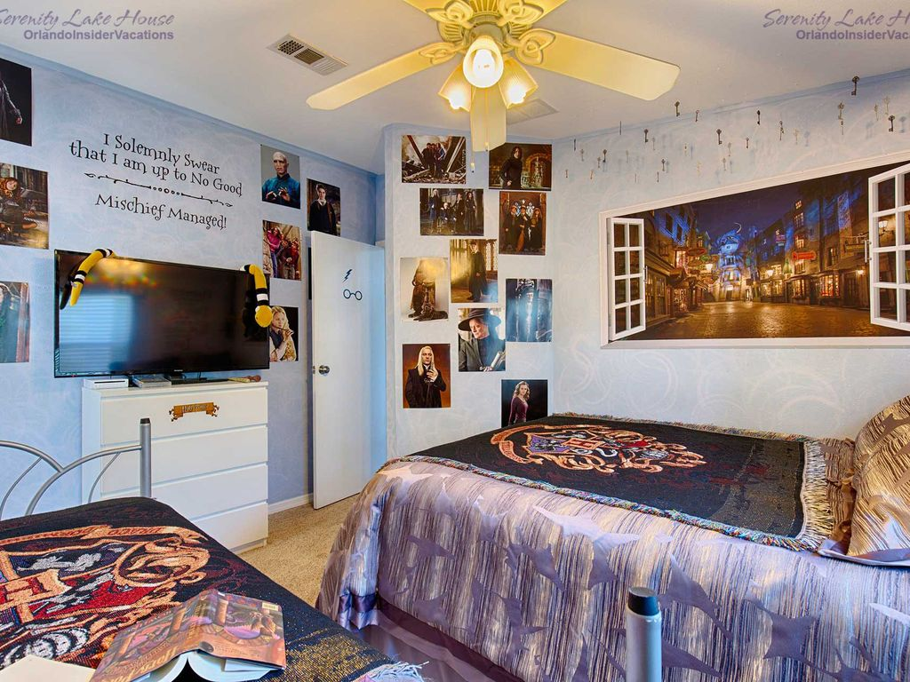 Harry Potter Themed Bedrooms  harry potter bedroom wallpaper Bedroom  Decorating Ideas. Harry Potter Bedroom Wallpaper