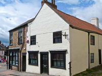 CATHEDRAL MEWS, country holiday cottage in Ripon, Ref 6824
