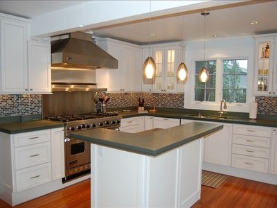Gourmet Kitchen: Slate Counters, Mosaic-Glass Backsplash, Stainless Appliances