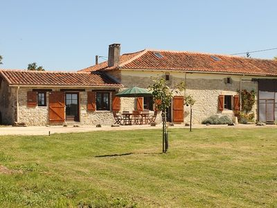 Detached Farmhouse, Private Pool, Family-Friendly. 20% discount in July !