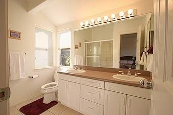 En-suite Master Bathroom with Jetted Tub and Shower