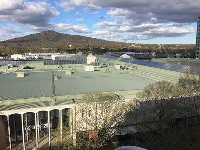 Nice Apartment in the heart of Canberra with 3 Bathrooms